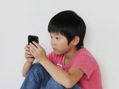子供の脱スマホに向けて ~兵庫県で全国初の条例案、スマホ依存対策へ~