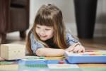 プログラミングが学べる知育玩具「Cubetto」1