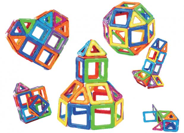 空間認識力を鍛える知育玩具(おもちゃ) ~マグブロックとマグ・フォーマー~
