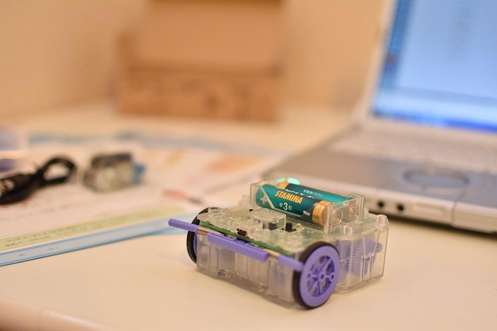 自動車ロボットプログラミング
